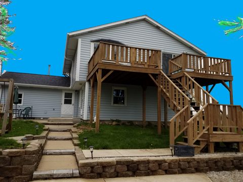 Photo of 8252 Iverson Rd, Wind Lake, WI 53185