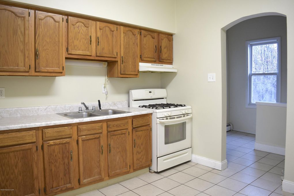 91 S Empire St Apt 1 Wilkes Barre Pa 18702 Home For Rent