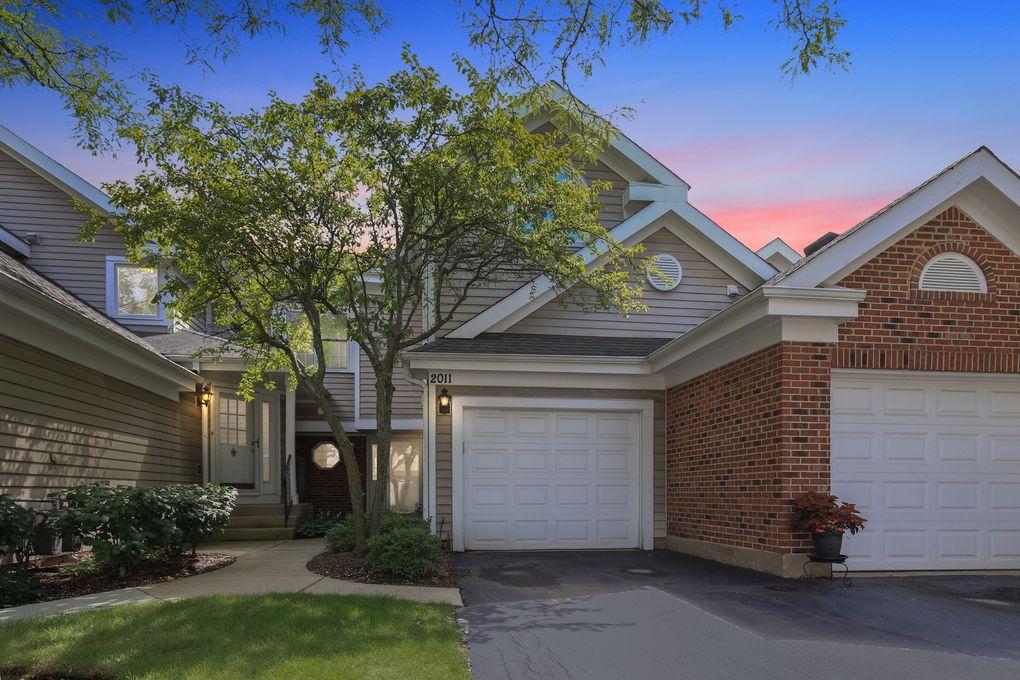 2011 N Stillwater Rd Arlington Heights Il 60004 Realtor Com
