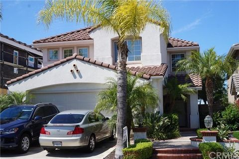 80 Carriage Dr, Lake Forest, CA 92610
