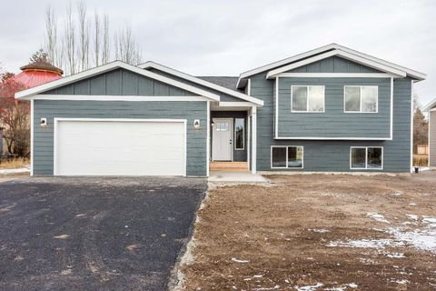 Photo of 23 Dodd Ave, Somers, MT 59932