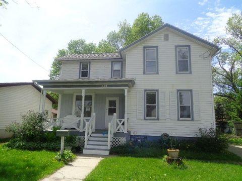 406 N Monroe St, Watertown, WI 53098