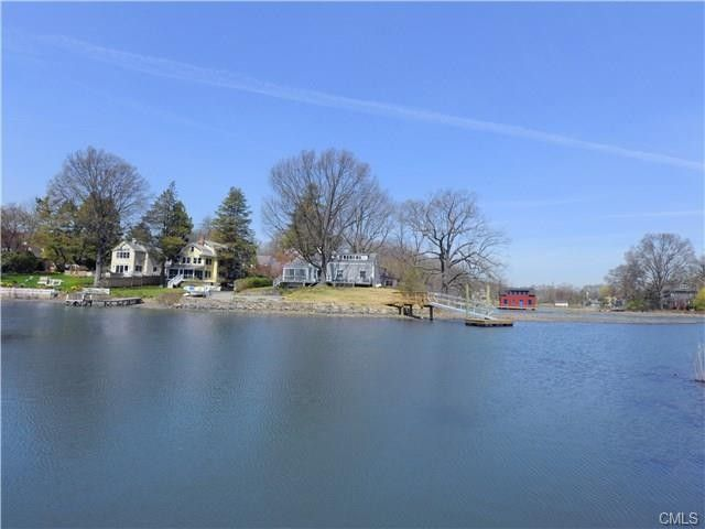7 Hendrie Dr Old Greenwich Ct 06870 Realtor Com 174
