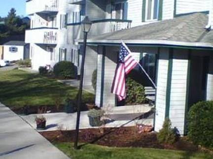 Photo of 470 Se 4th Ave, Oak Harbor, WA 98277