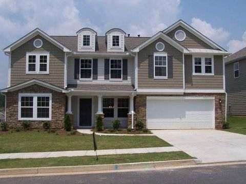 Photo of 6220 Sparkling Cove Ln, Buford, GA 30518