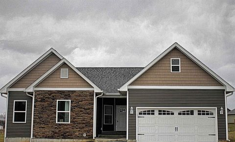 Photo of 549 E Lavender Ct, Ellettsville, IN 47429