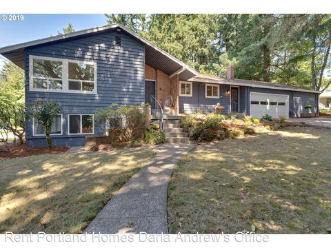 Photo of 10450 Sw 53rd Ave, Portland, OR 97219
