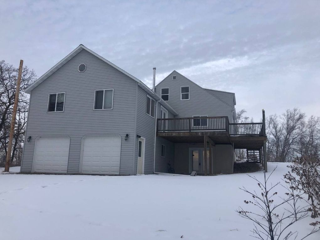 3109 107th St NE Dunseith, ND 58329