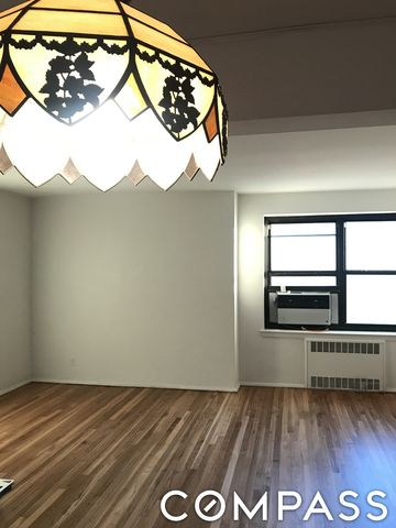 139-15 28th Ave Unit 5 B, Queens, NY 11354