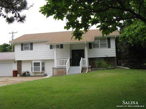 Page 6   Salina, KS Real Estate & Homes for Sale - realtor ...