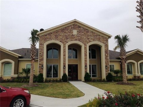 Photo of 332 Independance Dr, Port Lavaca, TX 77979