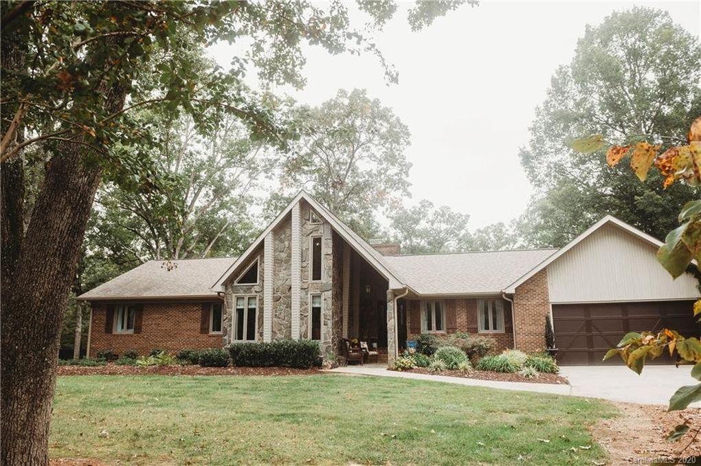 1205 Meadow Creek Church Rd Locust, NC 28097