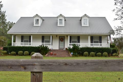 7138 Brushy Creek Rd, Lucedale, MS 39452