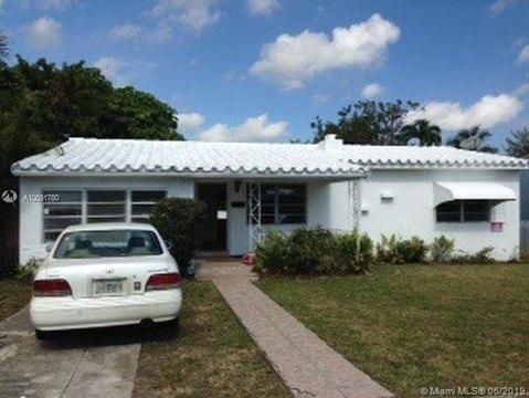 345 NE 112th St, Miami, FL 33161