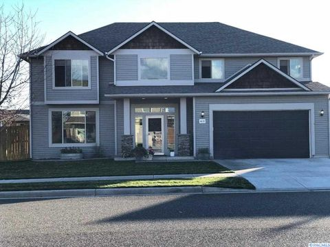 Photo of 4618 Nw Commons Dr, Pasco, WA 99301