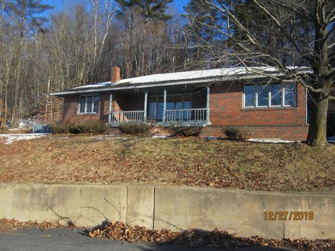 Photo of 323 River Rd, Mexico, ME 04257