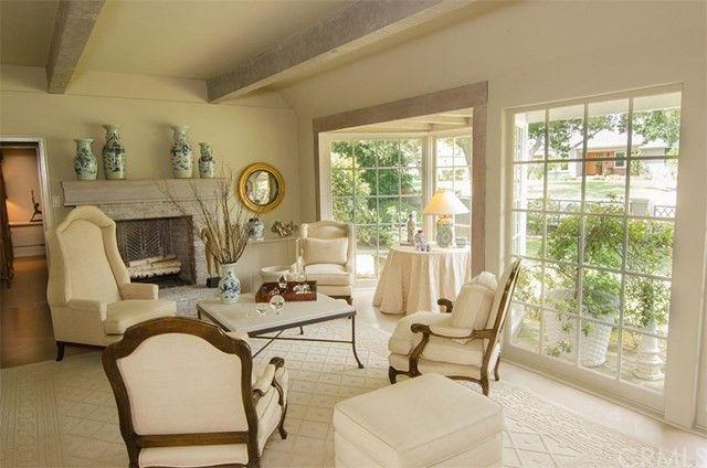 Elegant 3498 Yorkshire Rd, Pasadena, CA 91107