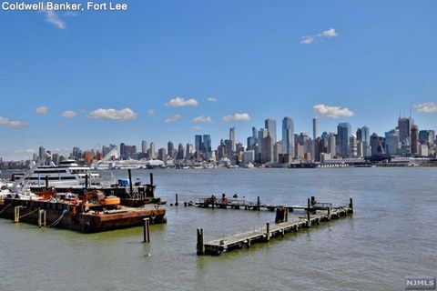 600 Harbor Blvd Unit 869, Weehawken, NJ 07086