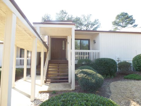 Photo of 36 Martin Dr Unit D, Whispering Pines, NC 28327