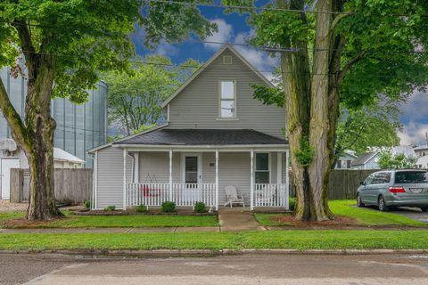 Photo of 92 N Ewing St, Centerburg, OH 43011