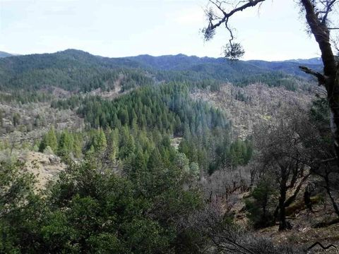 28100 Mad River Rd, Ruth, CA 95526
