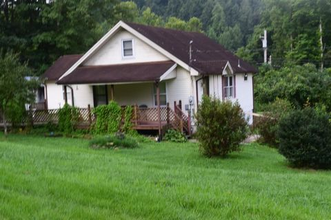Photo of 25 Hogge St, Clearfield, KY 40313