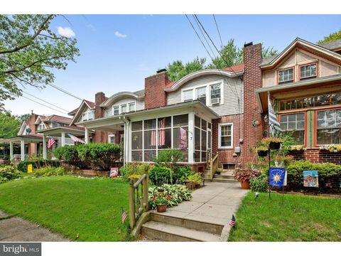 7 W Palmer Ave, Collingswood, NJ 08108
