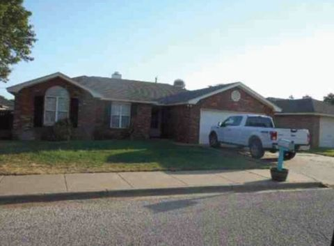 Foreclosure 1431 5th St Shallowater Tx 79363