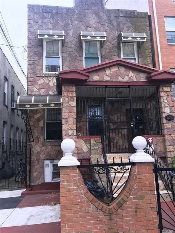 670 Alabama Ave Brooklyn, NY 11207