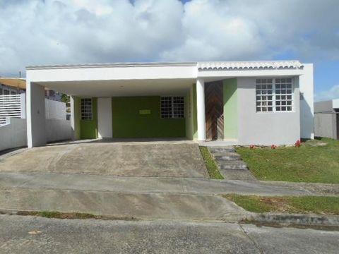 V475 Calle V475 Calle San Jorg, Juncos, PR 00777
