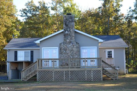 27061 Mountain View Dr, Rhoadesville, VA 22542