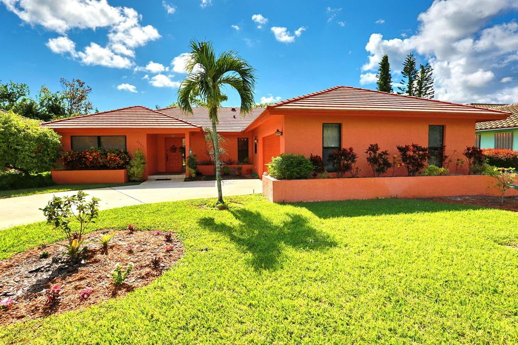 2720 Sw 23rd Cranbrook Dr, Boynton Beach, FL 33436