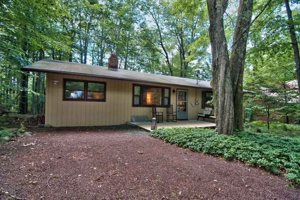 pocono pines single personals When your hard-earned vacation rolls around, a poconos mountains getaway may be just what you need to rejuvenate your body and spirit the poconos mountains, located in northeastern.