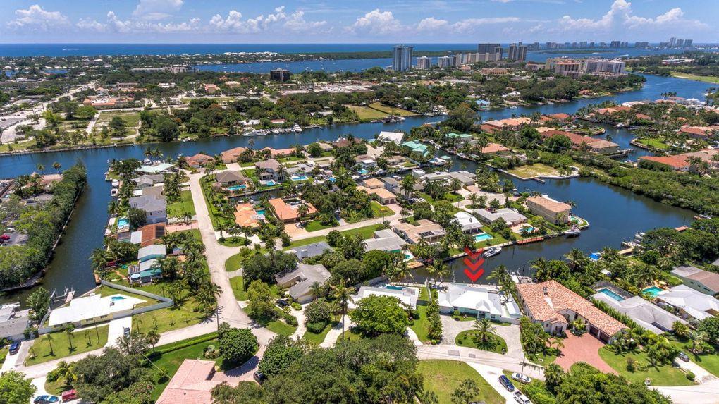 11360 W Teach Rd, Palm Beach Gardens, FL 33410
