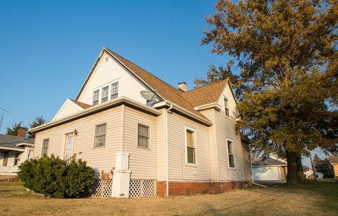 111 N Bowman Ave, Danville, IL 61832