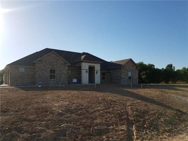 1328 Craft Farms Cir, Azle, TX 76020