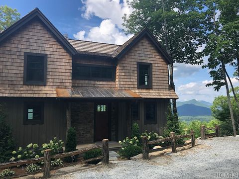 Photo of 16 Whitetail Dr, Sapphire, NC 28774