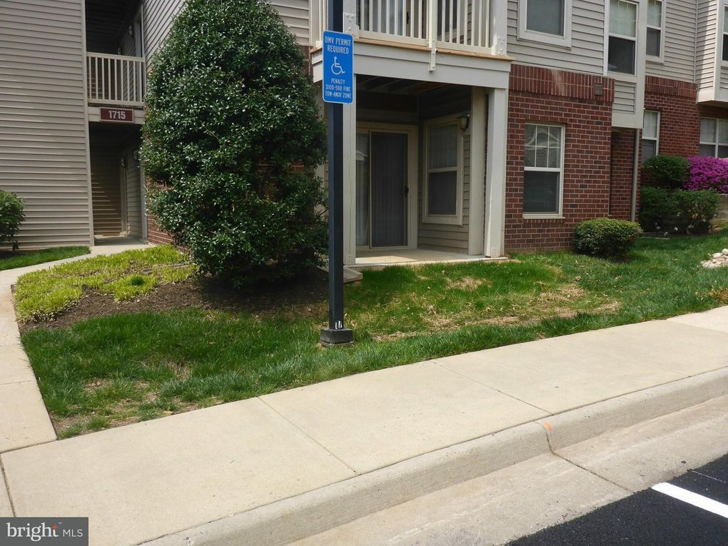 1715 Ascot Way Unit B, Reston, VA 20190