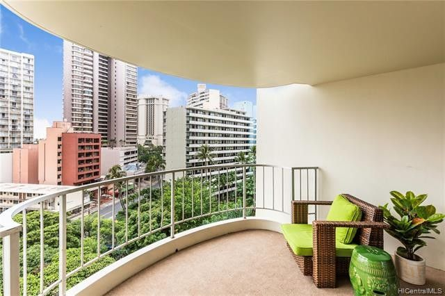 469 Ena Rd Apt 1007, Honolulu, HI 96815