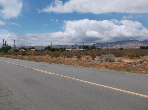 Douglas Ave, Mojave, CA 93501