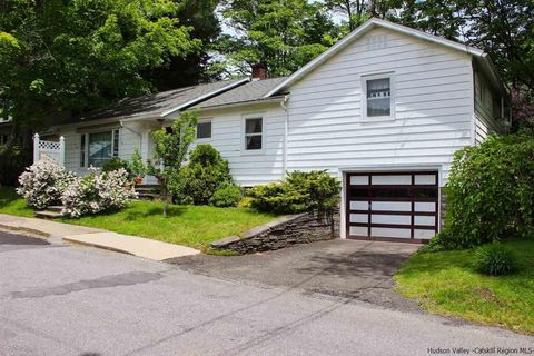 100 Mountain Ave, Margaretville, NY 12455