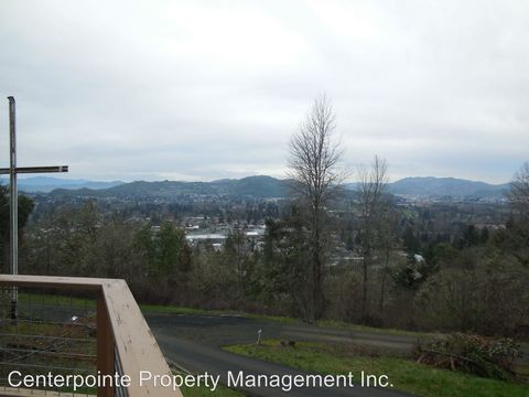 Photo of 3005 W Military Ave, Roseburg, OR 97471