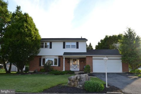 Photo of 7090 Heather Rd, Macungie, PA 18062