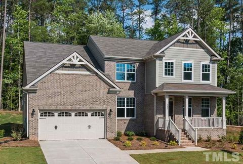 225 Oakenshaw Dr Unit 106, Holly Springs, NC 27540