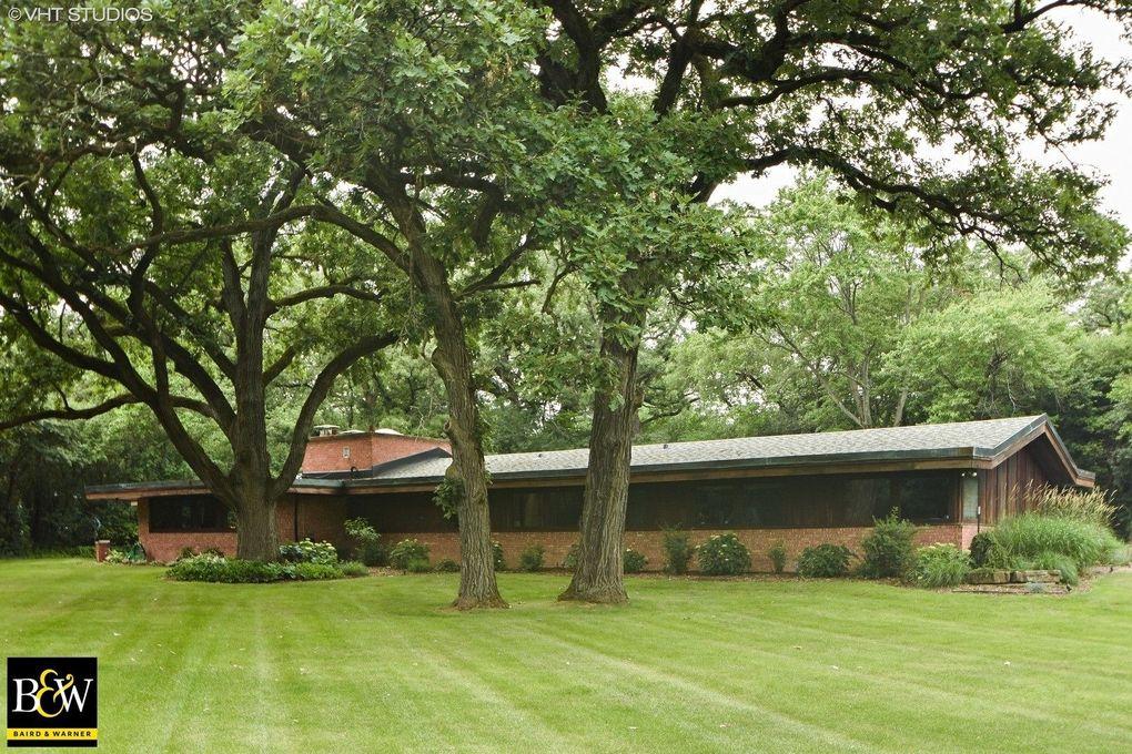 13 Graymoor Ln, Olympia Fields, IL 60461