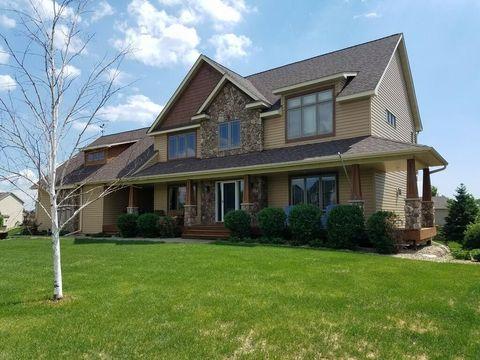 4 Bedroom House. 10703 Regent Ave N  Brooklyn Park MN 55443 Minneapolis 4 Bedroom Homes for Sale realtor com