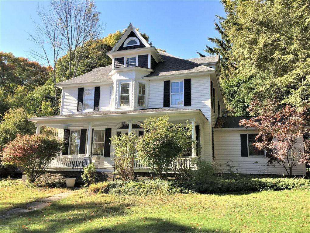 315 Lake Ave Montrose, PA 18801