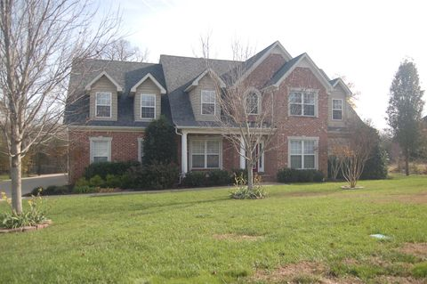 2129 Woodcliff Dr, Smyrna, TN 37167