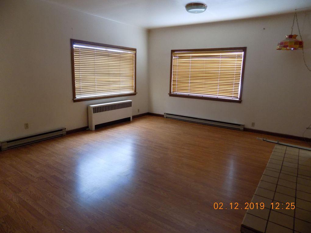 12 W 6th Ave, Polson, MT 59860
