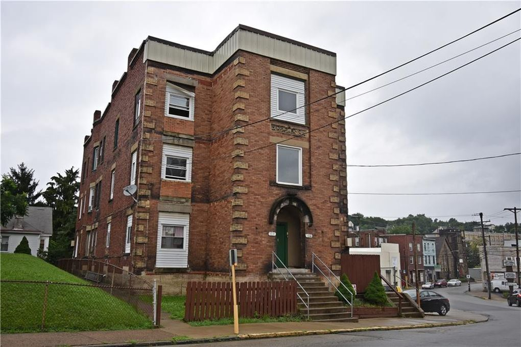 1012 Chartiers Ave McKees Rocks, PA 15136